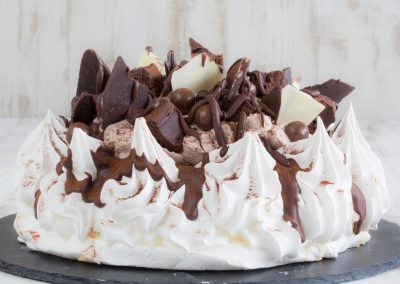 Ultimate Chocolate Fudge Pavlova